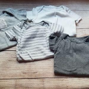 4 100% organic cotton onesies Lamaze